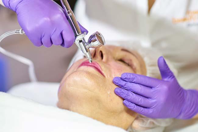 Sauerstoff Gesichtsbehandlung